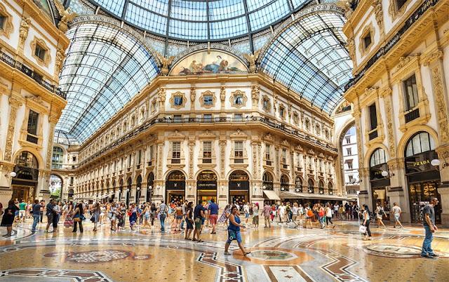 Galeria Vittorio Emanuele II em Milão na Itália