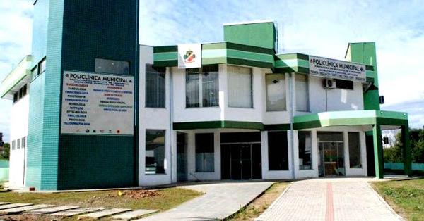Médico ortopedista na Policlínica de Canoinhas