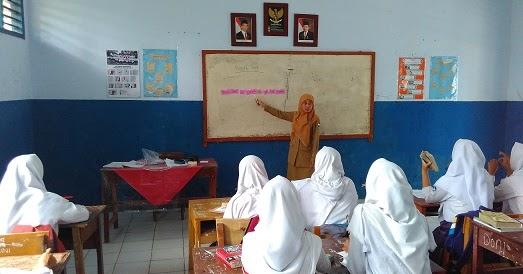 Hari Guru Jatuh Pada Tanggal Berapa - Seputaran Guru
