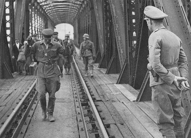 Przemysl Operation Barbarossa 22 June 1941 worldwartwo.filminspector.com