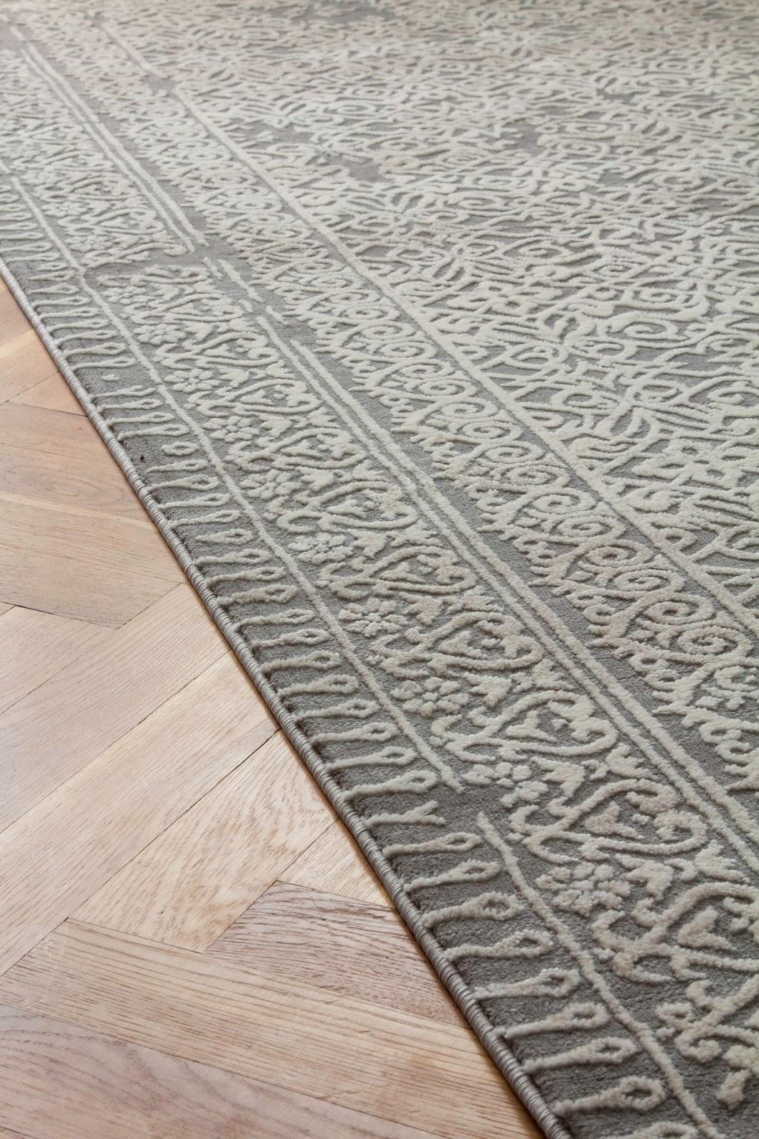 dywan w marokański wzór