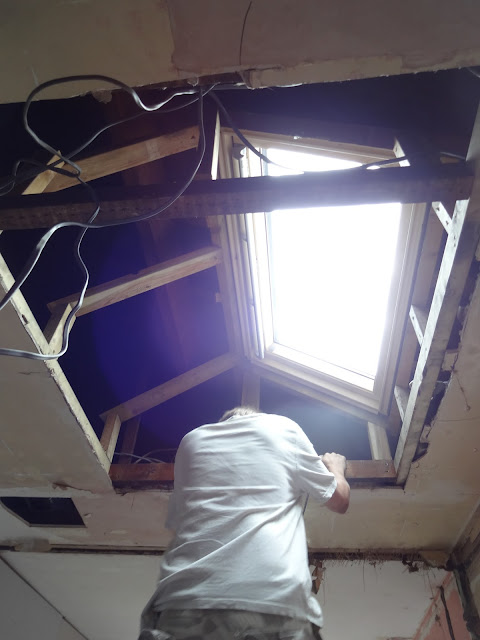 roof window in flat ceiling