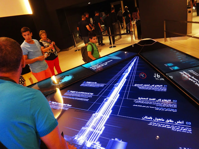 Display LED di Burj Khalifa