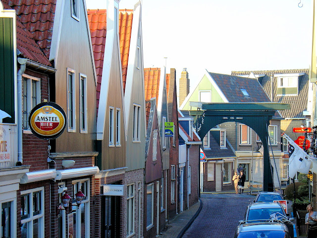 Volendam's quaint streets and drawbridges lure you into the central village for a stroll along its cobbled streets.