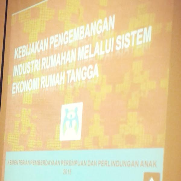 Sosialisasi KPPPA: Penggunaan TIK dalam Rangka Pengembangan Usaha dan Industri Rumahan untuk Ibu Rumah Tangga
