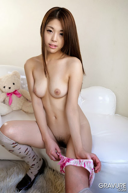 Boobs Nude Japanese Girl Free Images