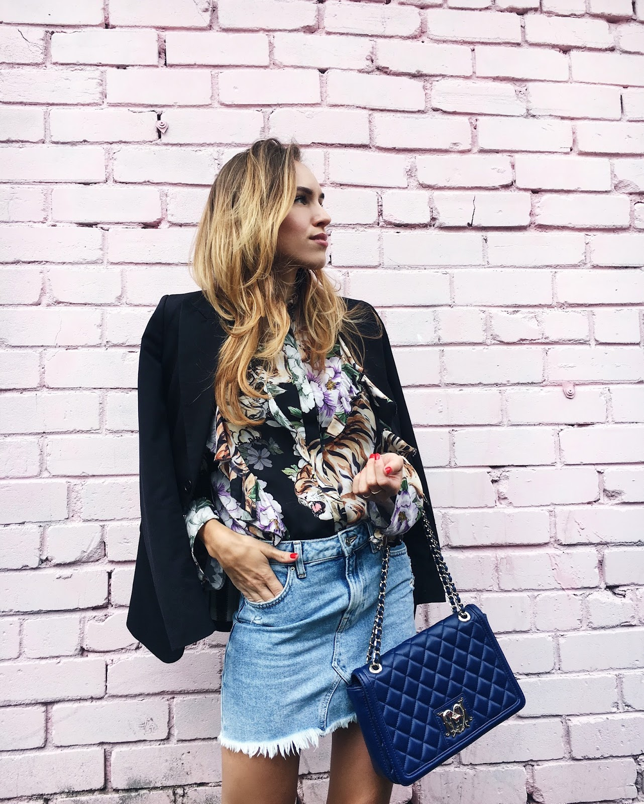 printed ruffle shirt black blazer denim mini skirt outfit