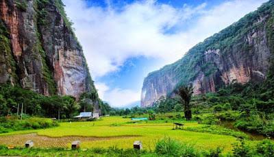 10 Lembah Terindah Di Indonesia  Ini Wajib Anda Jelajahi