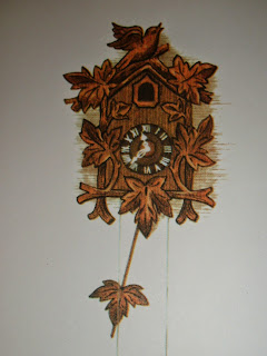 tammycookblogsbooks drawing of cuckoo clock