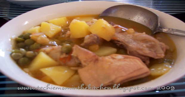 Chicken With Guisantes (Canned Green Peas) Recipe