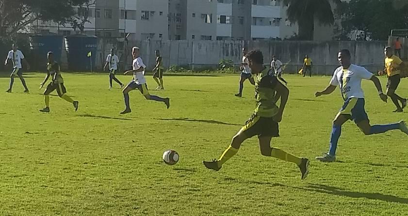 1f23875890 Com gols de Pelezinho Santo Amaro vence Lauro de Freitas