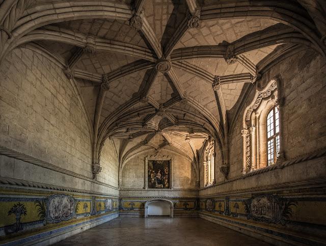 Sala Capitular, Monasterio de los Jerónimos :: Canon EOS5D MkIII | ISO1600 | Canon 17-40@17mm | f/4.0 | 1/40s