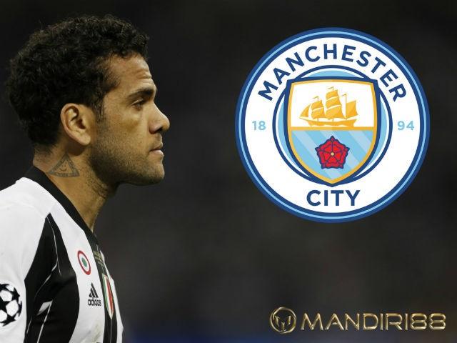 Dani Alves Sepakati Kontrak Dua Tahun Di Manchester City?
