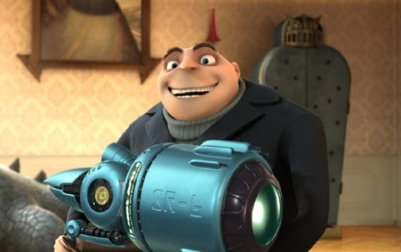 Gru holding the shrink ray in Despicable Me animatedfilmreviews.blogspot.com