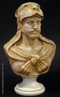 Busto di Ercole con pelle di leone