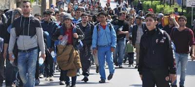 Podemos, Grecia, tsipras, Refugiados, pensiones, vivienda