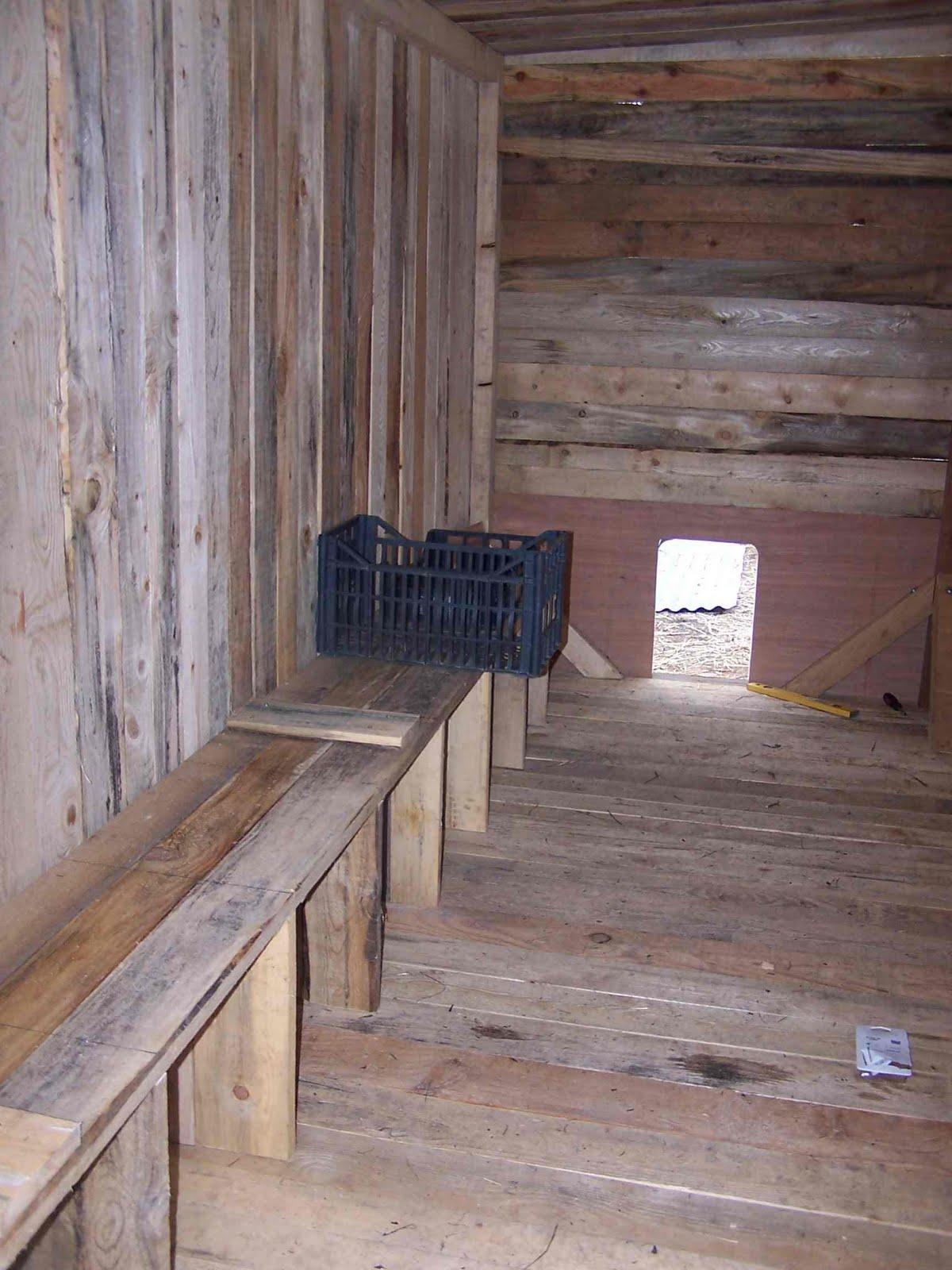 lataraillettealn construction d 39 un poulailler. Black Bedroom Furniture Sets. Home Design Ideas