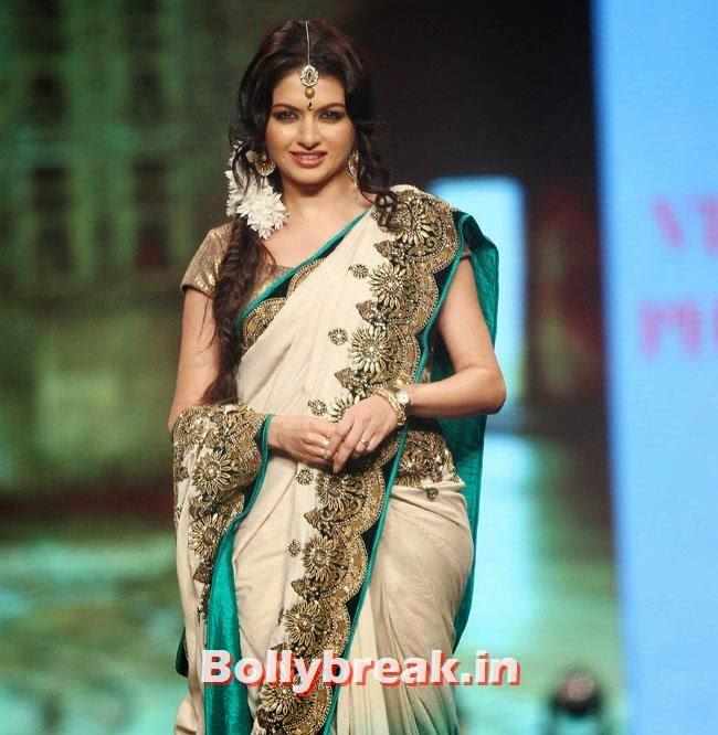 Bhagyashree, Beautiful Bhagyashree, Gauhar, Tara, Perizad, Divya at Cancer Fundraiser Fashion Show