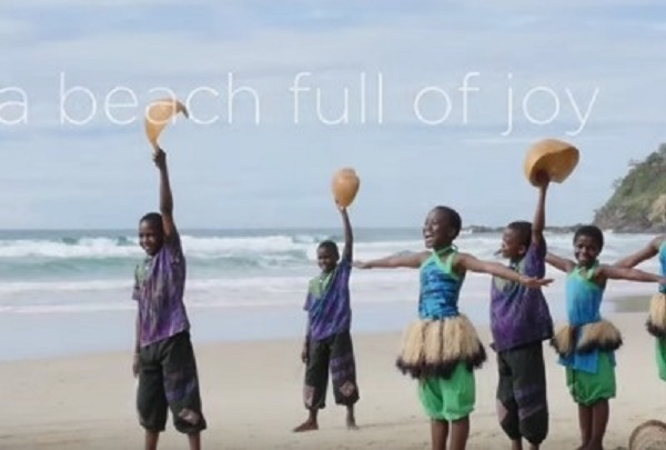 It's The Happiest Beach In The World… The Footage Made My Stress Melt Away.