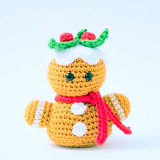Amigurumi christmas gingerbread Crochet, free christmas crochet pattern,  christmas  gingerbread crochet, christmas amigurumi,  christmas gingerbread doll, crochet christmas decor, christmas gingerbread centerpiece,  christmas gingerbread ornament,  christmas gingerbread bauble, crochet ornament, crochet gingerbread apron, free crochet, free amigurumi, crochet christmas gift, crochet  christmas gingerbread gift, handmade christmas present, handmade christmas decor, handmade christmas gingerbread, Amigurumi Crochet christmas gingerbread Free Crochet Patterns