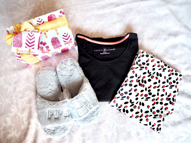 Simplybe pamper night cosy pyjamas