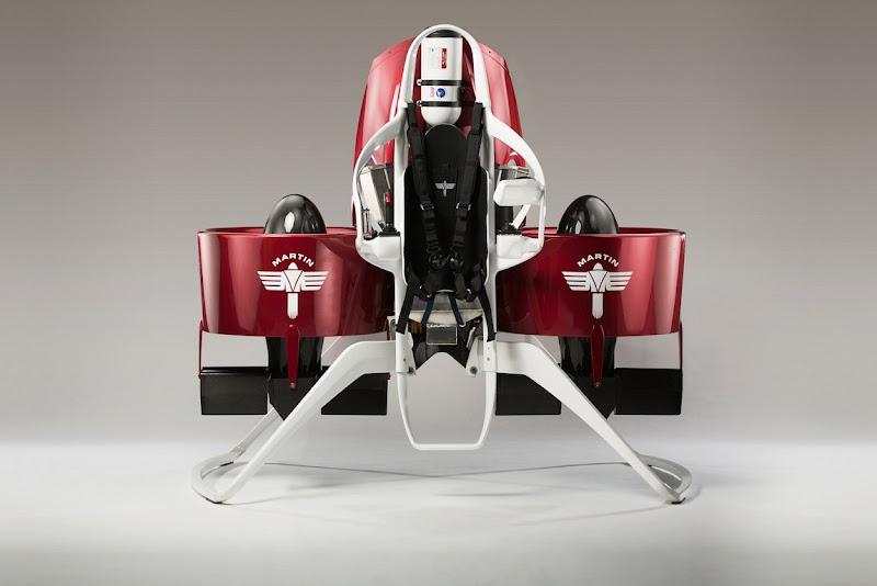 馬丁火箭背包,數位時代翻攝自 Martin Jetpack 官網。
