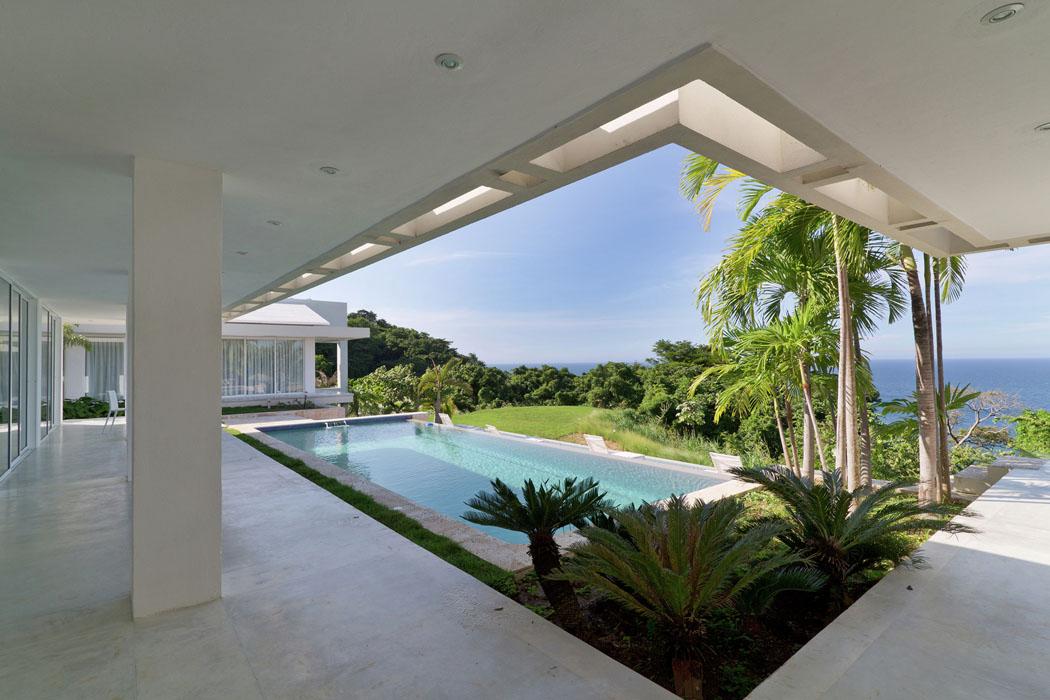 Villa Contemporaine à Lu0027architecture Moderne Donnant Sur Un Paysage De  Toute Beauté