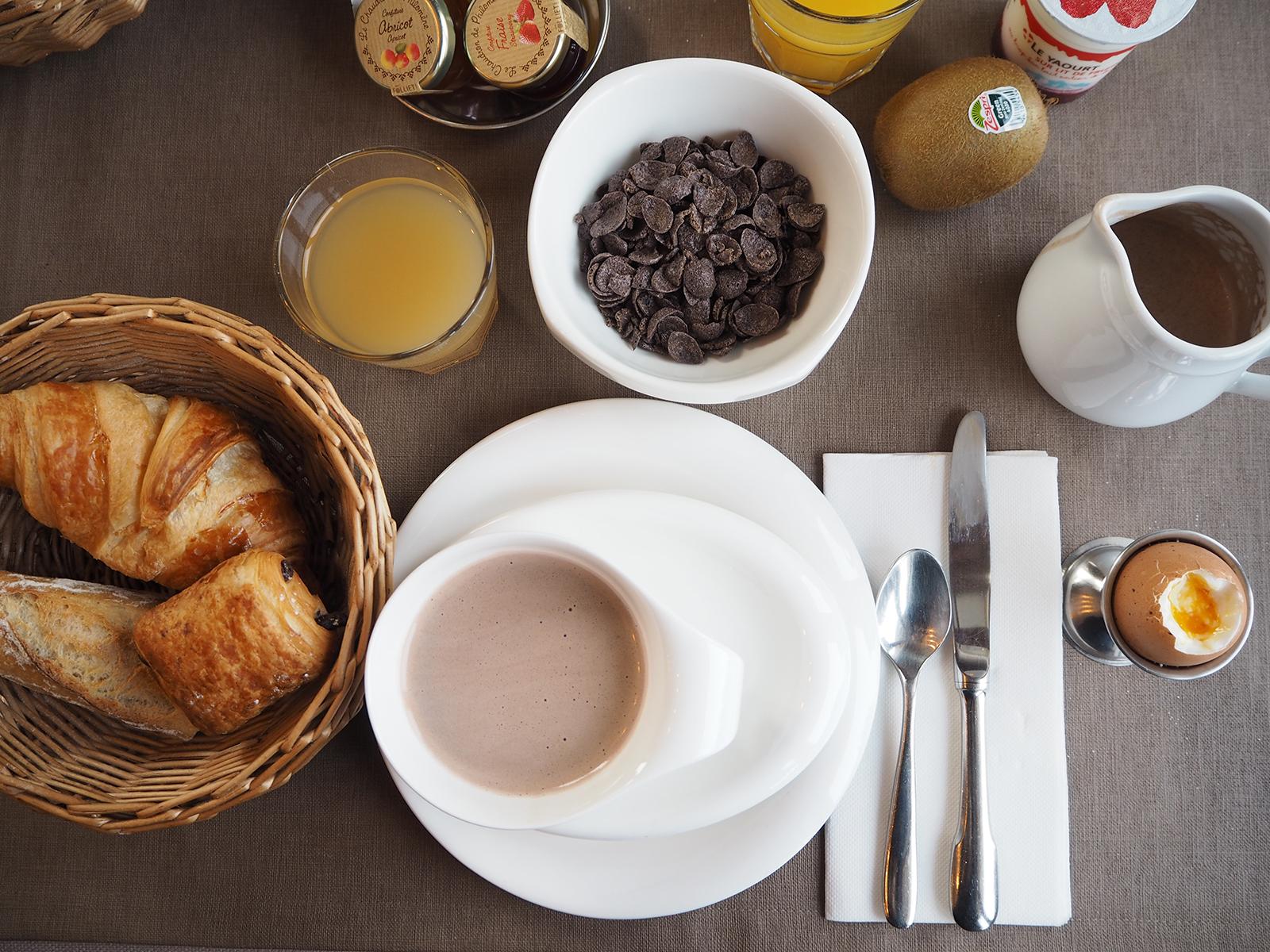 Petit déjeuner hôtel Gai soleil Megève