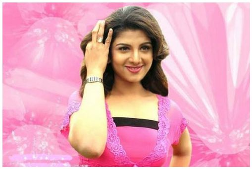 Bollywood-actress-court-to-save-marriage
