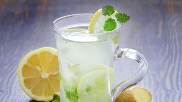 6 benefits of Warm Lemon water in the morning