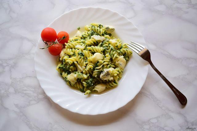 Makaron ze szpinakiem i serem Gorgonzola