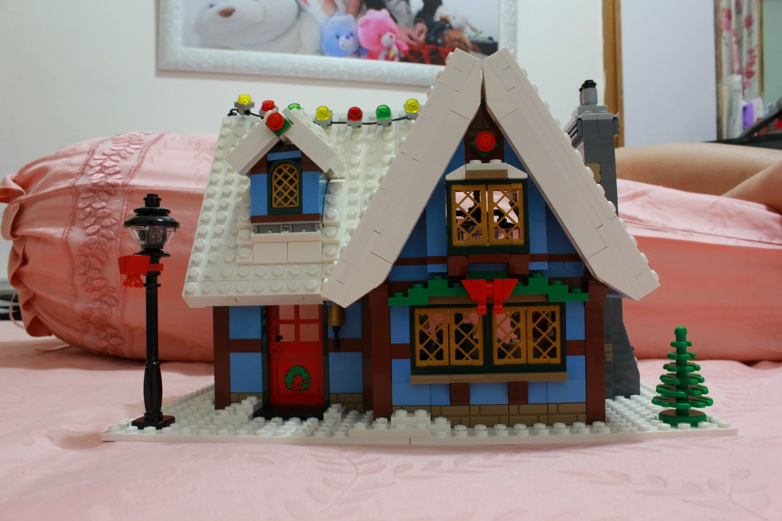 lurkerr 39 s blog so this is christmas lego 10229 winter. Black Bedroom Furniture Sets. Home Design Ideas