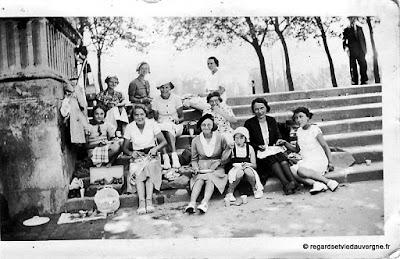 Photo noir et blanc ancienne.