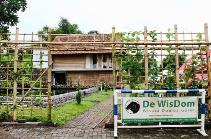 Objek Wisata De Wisdom Khas Garut Garut Home Stay 082129001967