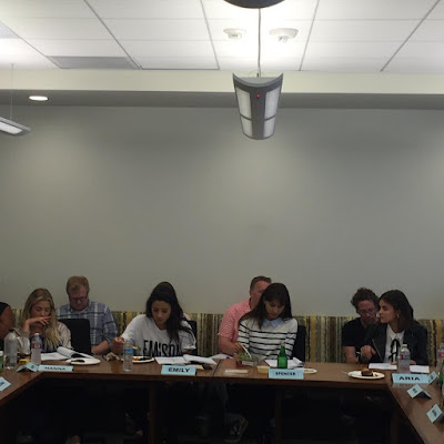 "PLL 7x12 ""These Boots Were Made for Stalking"" Table Read Ashley Benson, Shay Mitchell, Lucy Hale and Troian Bellisario"
