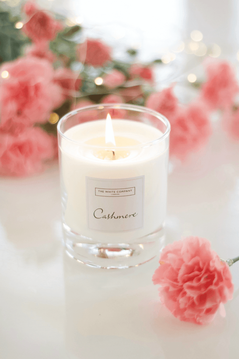The White Company Cashmere Candle Review