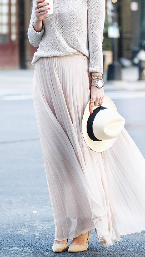 fashion trend outfit: top + maxi skirt + hat