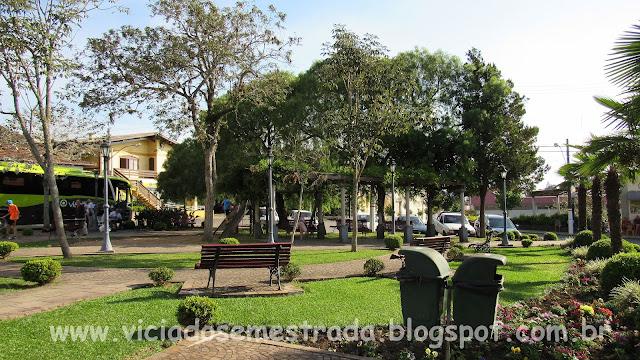 Praça Padre José Ferlin, Monte Belo do Sul, RS