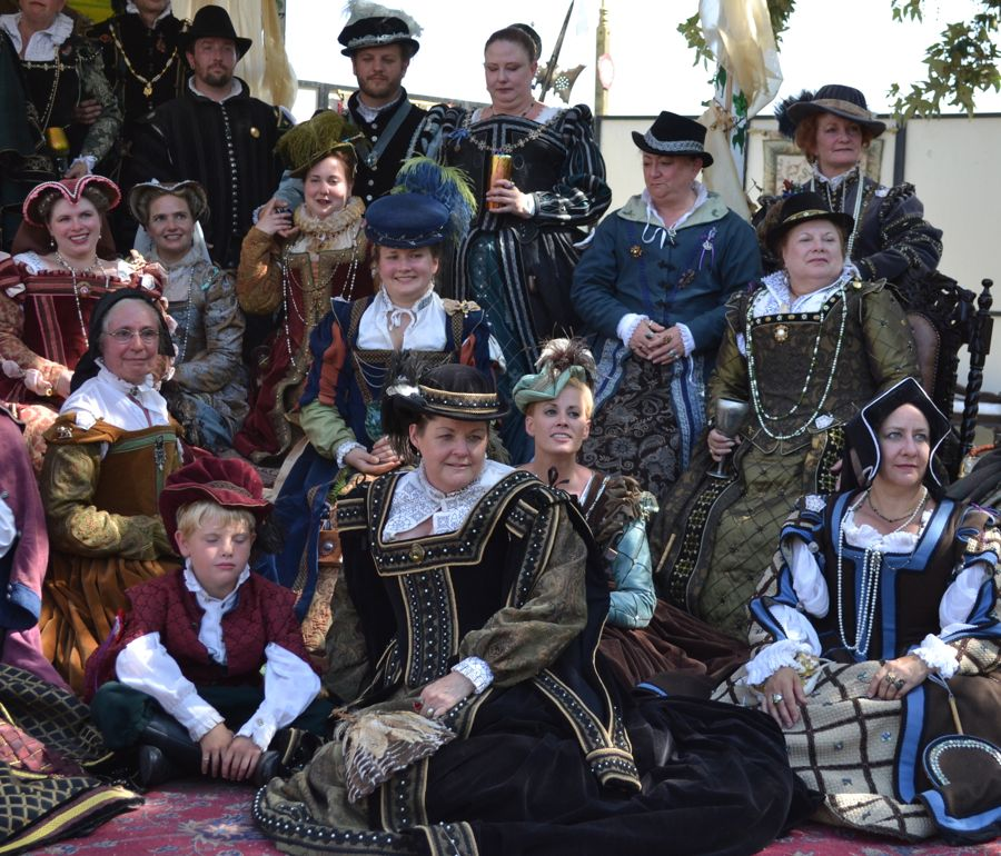 Renaissance Fairs: Keep Calm And Craft On: Renaissance Faire Costumes