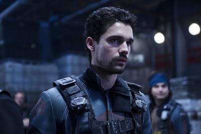 Image of Steven Strait from The Expanse Season 2 (29)