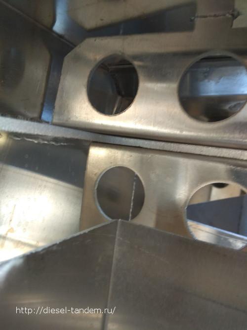 Алюминиевый бак на Паджеро. Вид изнутри.