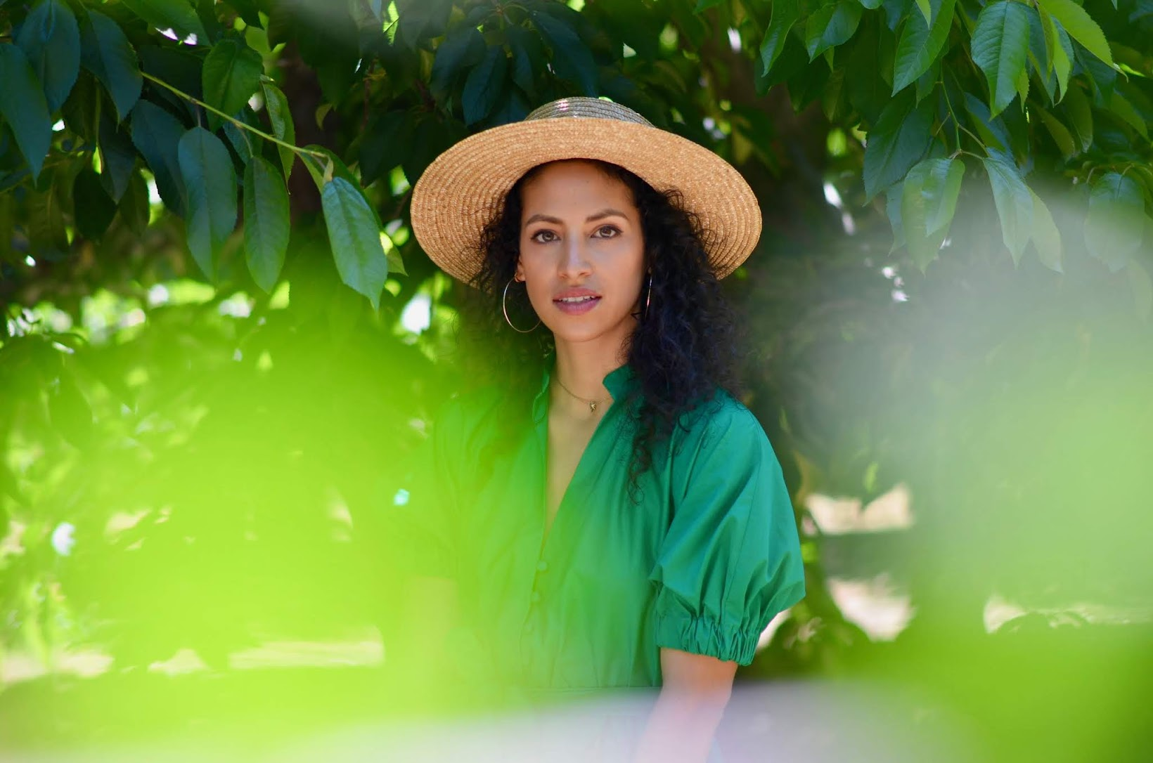blueberry picking, Ott farms, Central valley agriculture, what to wear when fruit picking, green summer dress, straw fedora, zara