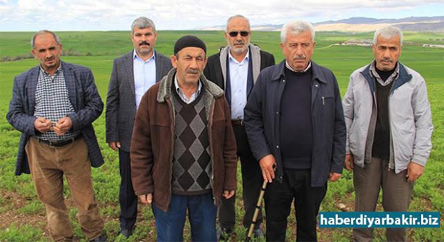 """DİYARBAKIR-Gıda Tarım ve Hayvancılık Bakanlığının, Çiftçi Tarımsal Destek Ödemeleri devam ederken, Diyarbakır'ın Silvan ilçesinde birçok çiftçiye ödenen desteklemeler, """"terörle mücadele"""" kapsamında Diyarbakır Valiliği tarafından geri çekildi."""