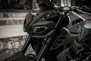 mt09-caracteristicas-color-negro