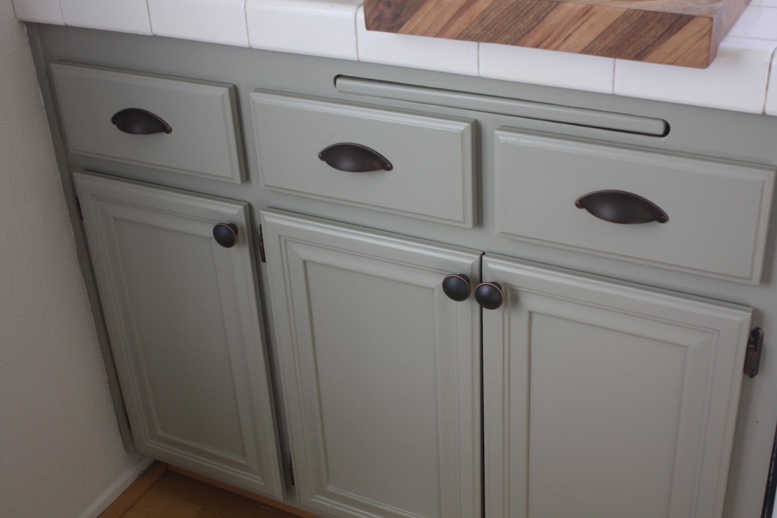 my new kitchen martha stewart kitchen cabinets One of my very favorite pieces in the kitchen is an antique plate that I love I also have a special love for my cutting board