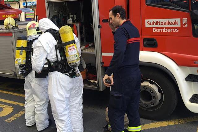 Intervención de bomberos en Beurko por una personas fallecida en una vivienda