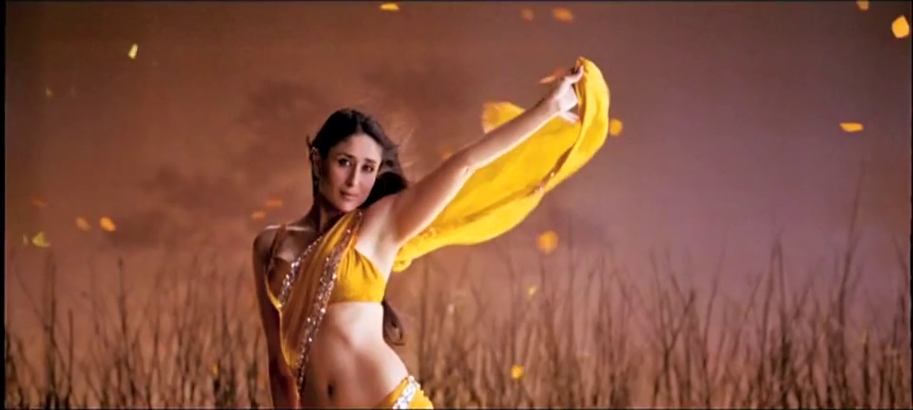 Kareena Kapoor Saree Bodyguard