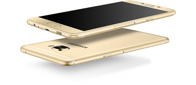 Samsung officially unveils the Galaxy C5,Galaxy C5,C5,Samsung Galaxy C5 and Galaxy C7,samsung galaxy c5 price,samsung galaxy a5,samsung galaxy j5,samsung galaxy 5,nokia c5,Samsung Galaxy C5 spec,Samsung Galaxy C5 with 5.2-inch 1080p display, 4GB RAM, metal,Samsung Galaxy C5 Android smartphone,Announced 2016,Features 3G, 5.2″ Super AMOLED capacitive touchscreen, 16 MP camera, Wi-Fi, GPS,samsung galaxy s6 launch,samsung galaxy s6 launch verizon
