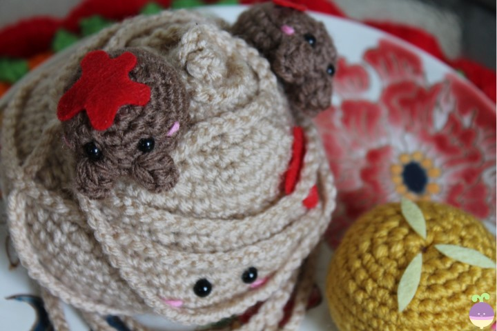 Free Crochet Pattern & Video Tutorial: Bread Loaf Letter-Organizer ... | 480x720