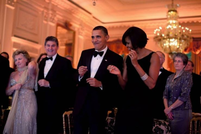 ميشال أوباما تكشف سراً غريباً عن زوجها... ما قالته سيصدمكم جداً هذا ما فعله خلال 8 سنوات من دون أن ينتبه أحد